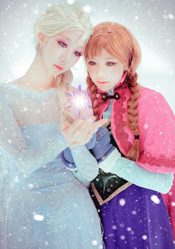 frozen___elsa_anna_by_jiminji-d74ydpt