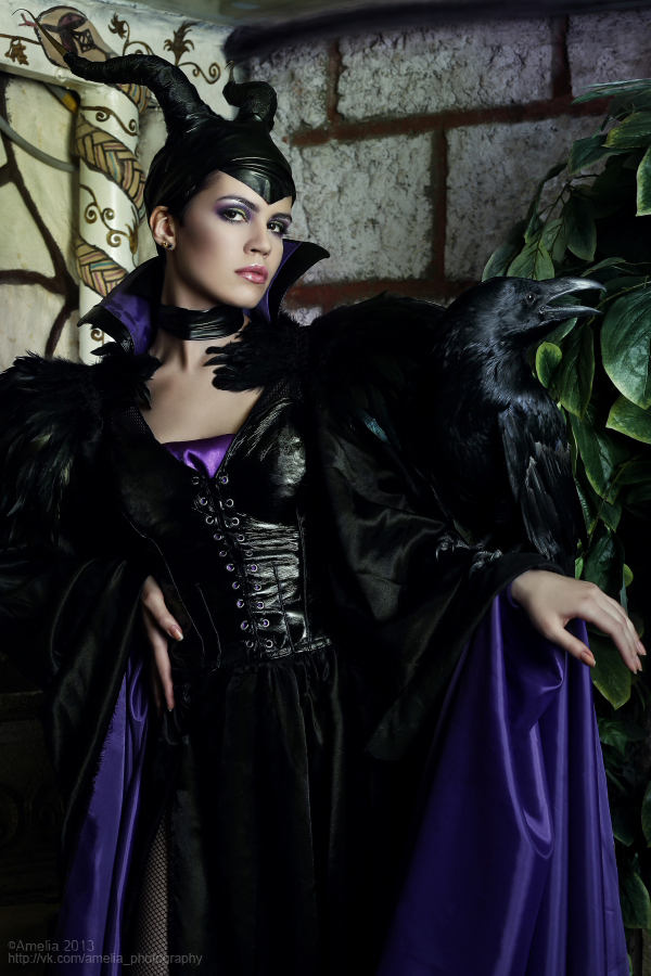 maleficent_4_by_amelianight-d6g6fk0